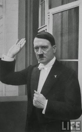 صور نادرة لـ هتلر ( 21 صورة - مجموعة 6)