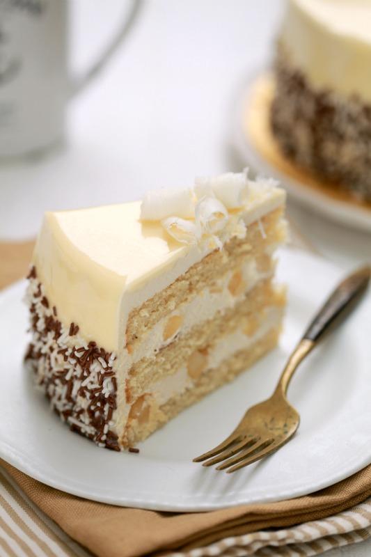 White Chocolate Macadamia Cake Masam Manis