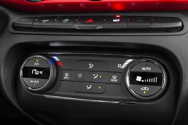 Fiat Argo 1.3 GSR - Interior - ar-condicionado digital
