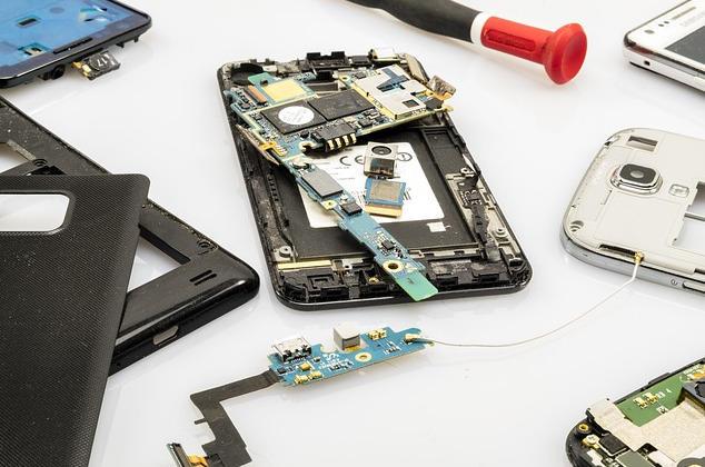 Canales de YouTube que te ayudarán a arreglar tu móvil