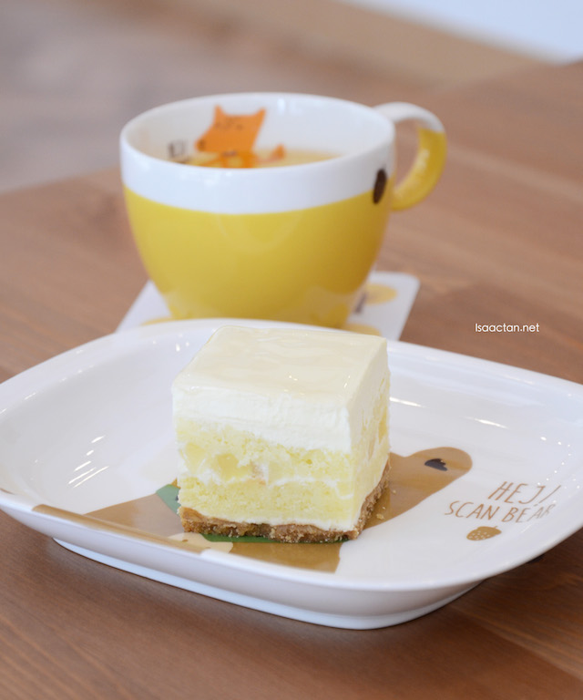 A+ Nanas - RM15 per slice, RM100 for whole cake