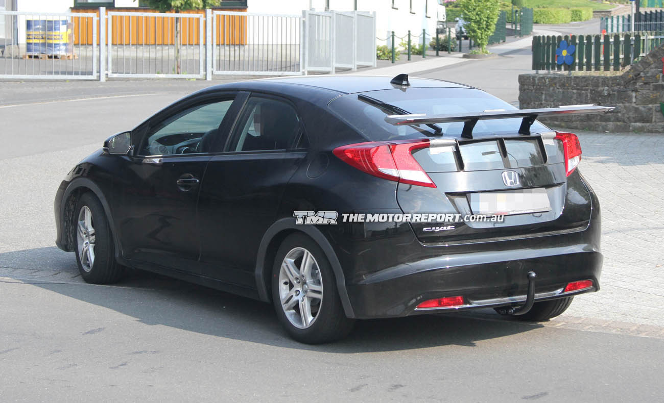 spy photos new 2013 honda civic type r at the n rburgring garage car. Black Bedroom Furniture Sets. Home Design Ideas