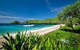 Pantai Srau Pacitan-images eastjava.com