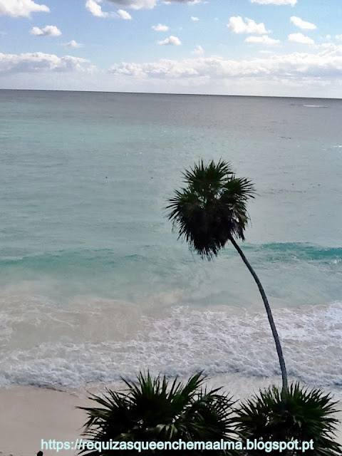 Praia junto às Ruínas de Tulum