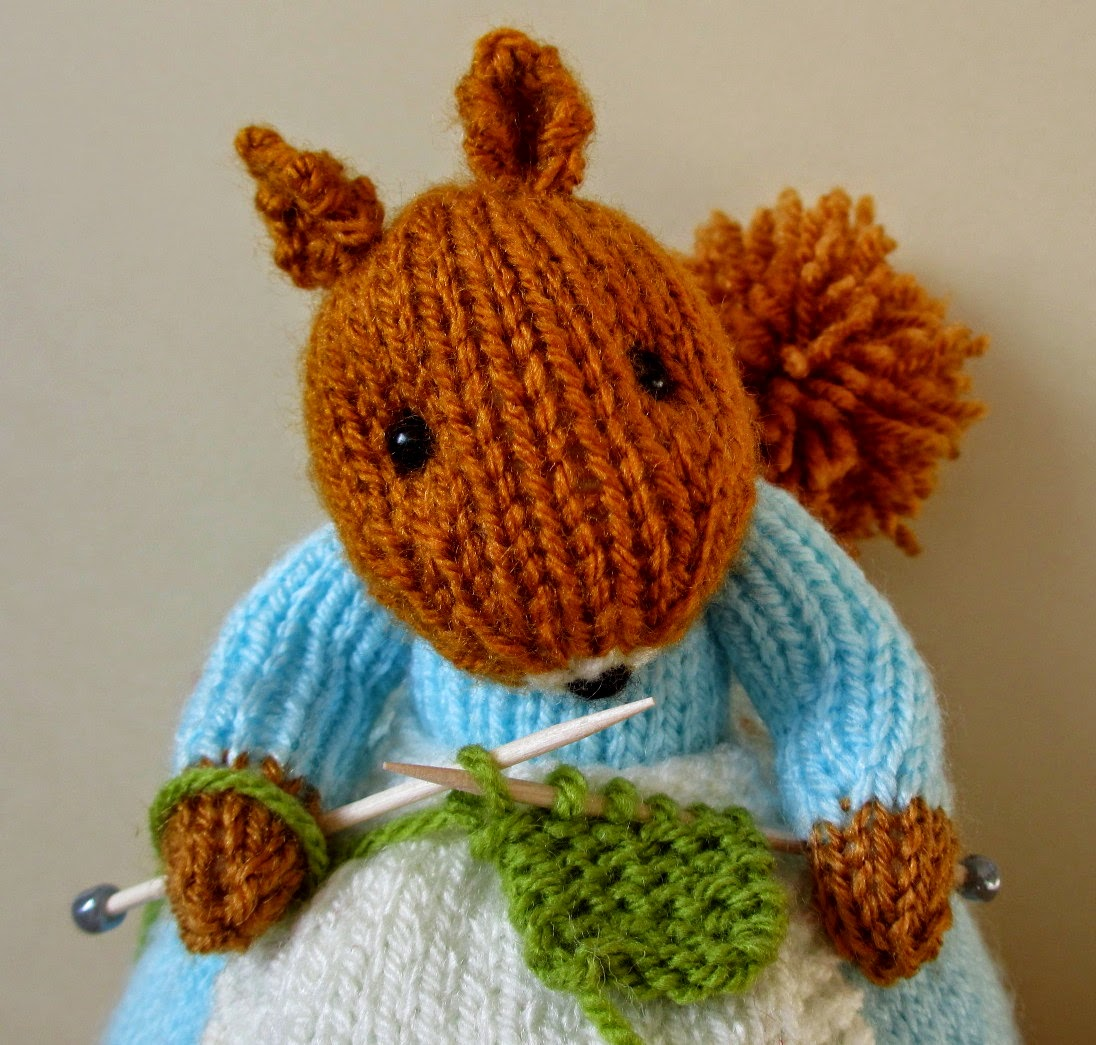 Flutterby Patch Squirrel Knitting Patterns