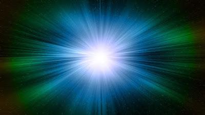 Físics del MIT han creat una nova i estranya forma de llum amb tres fotons