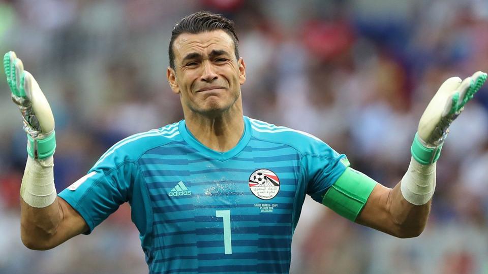 thủ môn người Ai Cập El hadary.