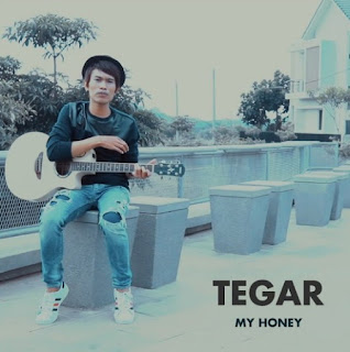 Lirik Lagu Tegar - My Honey