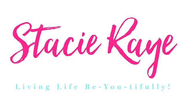 Stacie Raye logo