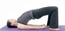 Gerakan Yoga Bandha Sarvangasana untuk Mengecilkan Perut