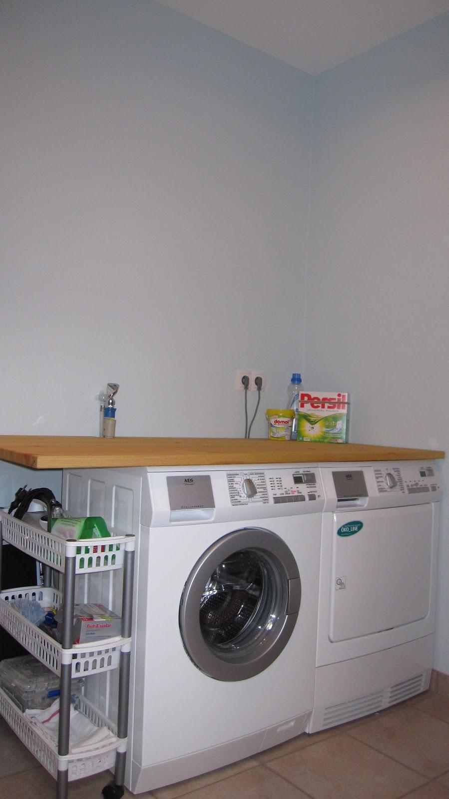 kleines gelbes haus sneak peak hauswirtschaftsraum. Black Bedroom Furniture Sets. Home Design Ideas