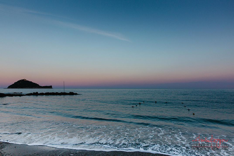 tramonto isola Gallinara Alassio