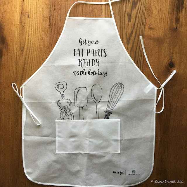 diy holiday apron - Lorrie Everitt Studio