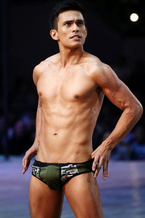 Pinoy And Asian Male Model Bench The Naked Truth 2014-9880