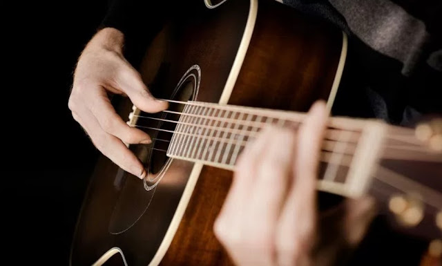 Pengertian Alat Musik Melodis, Jenis dan Contoh Alat Musik Melodis Berdasarkan Cara Memainkannya