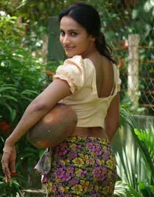 Sinhala Hukana Katha Siyalla