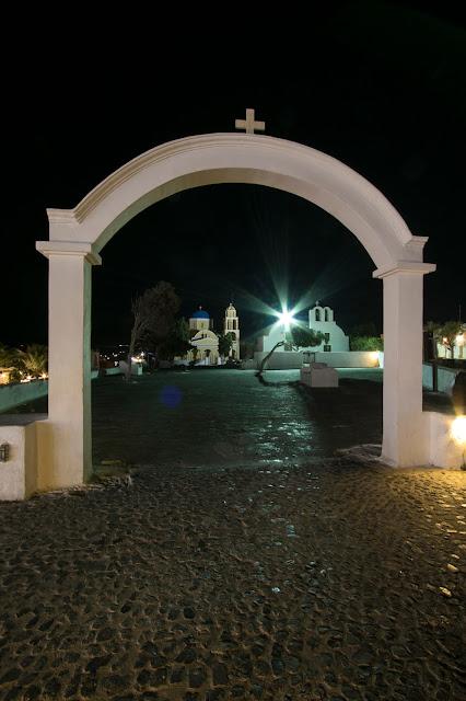 Oia di notte-Santorini
