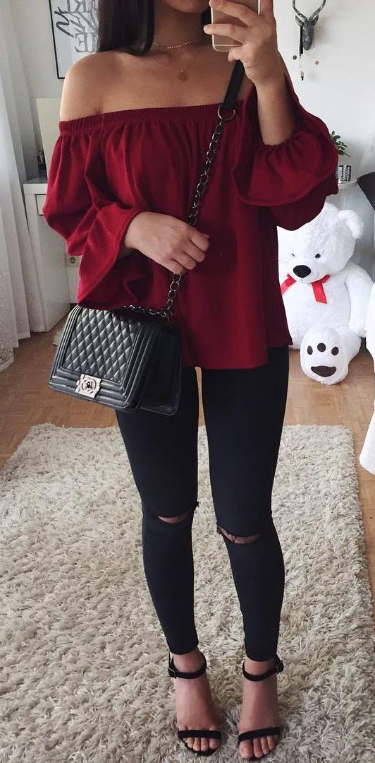 ootd: blouse + bag + rips
