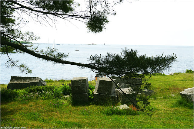 Bloques de Piedra de la Construcción del Granite Outer Wall en el Fuerte McClary, Maine