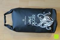 befüllt vorne: Dry Bag »Krake« Wasserdichte Trockentasche / Seesack / Survival Bag / Trockensack / Ideal für Kajak, Kanu, Segeln, Angeln, Schwimmen, Strand, Snowboarden, Skifahren, Bootfahren, Camping / Schützt Deine Wertsachen und Kleidung vor Staub, Nässe, Sand und Schmutz / 5L gelb