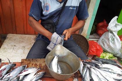 Penjual Ikan dan Pembeli Penawar Sadis