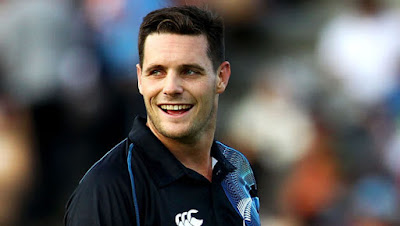 Mitchell McClenaghan Biography, Age, Height, Weight