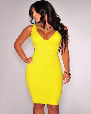 vestido amarillo corto pegado al cuerpo de fiesta