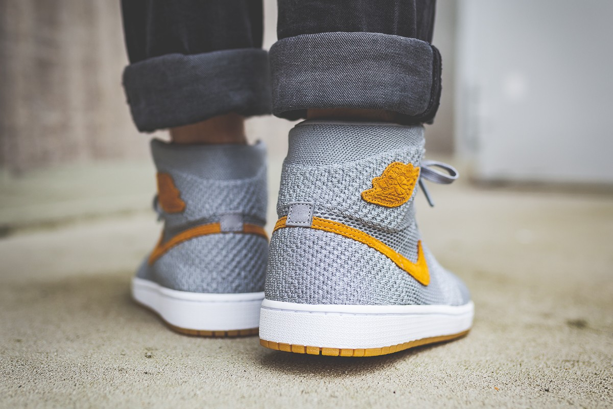 A sticky gum outsole keeps you glued across all surfaces. The Air Jordan 1  High Flyknit  Wolf Grey  ... 1a9495182