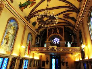 Teto e Órgão da Capela São Rafael, Porto Alegre