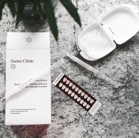 10-regalos-beauty-para-esta-navidad-swiss-clinic-blanqueamiento-dental