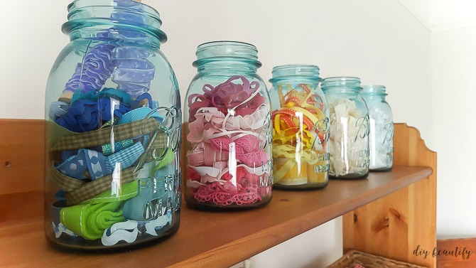 mason jars hold ribbon