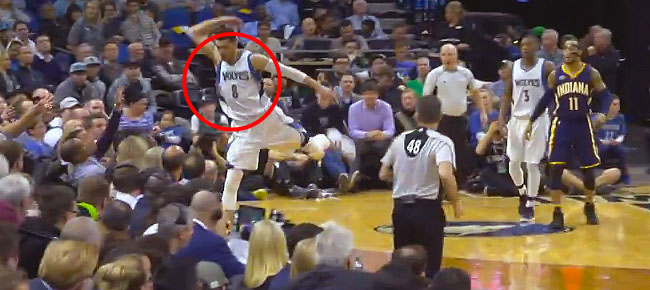 Wild Double Save Leads to Alley-Oop for Timberwolves (VIDEO)