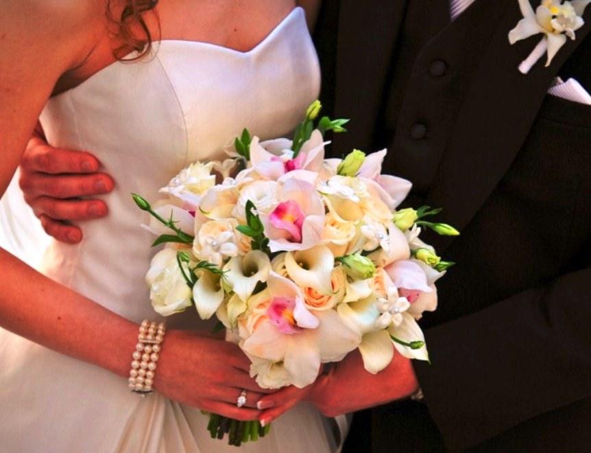 Buket Bunga Pengantin_Bunga Pernikahan Cantik Dan Indah 201711