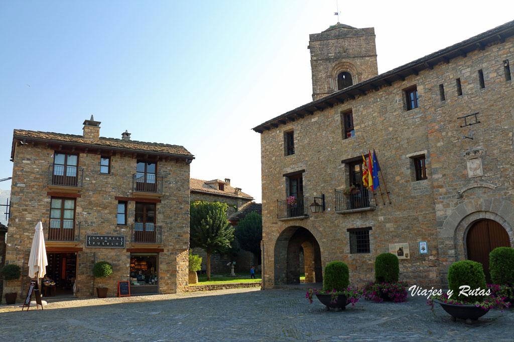 Plaza Mayor de Aínsa, Huesca