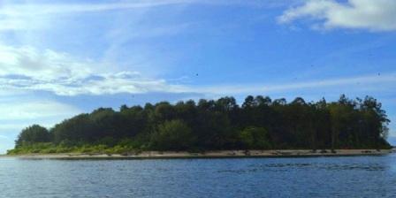 Pulau Um Sorong