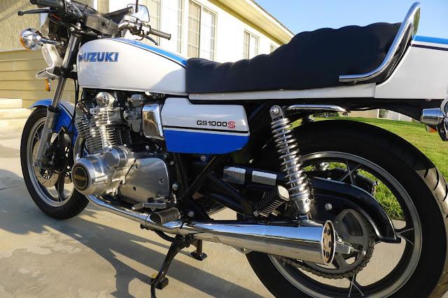Suzuki GS1000 1970s Japanese classic motorbike
