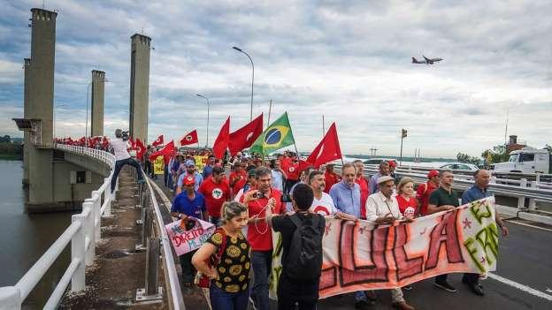 Em meio a promessas de atos pacíficos, Porto Alegre vive clima de apreensão com julgamento de Lula