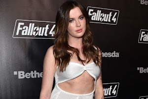 Ireland Baldwin surprised the audience with a candid outfit