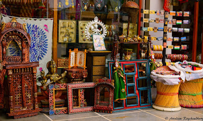 Shops in Udaipur around City Palace