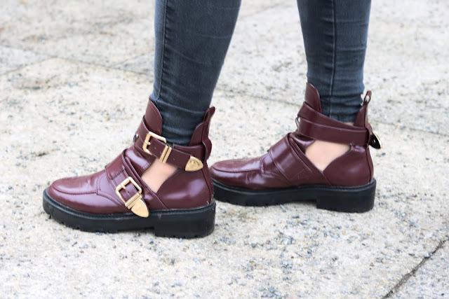 Berlin Fashion Week Look Outfit ootd Mode Blogger Fashion Blog Trend Cut Out Boots goldene Schnallen