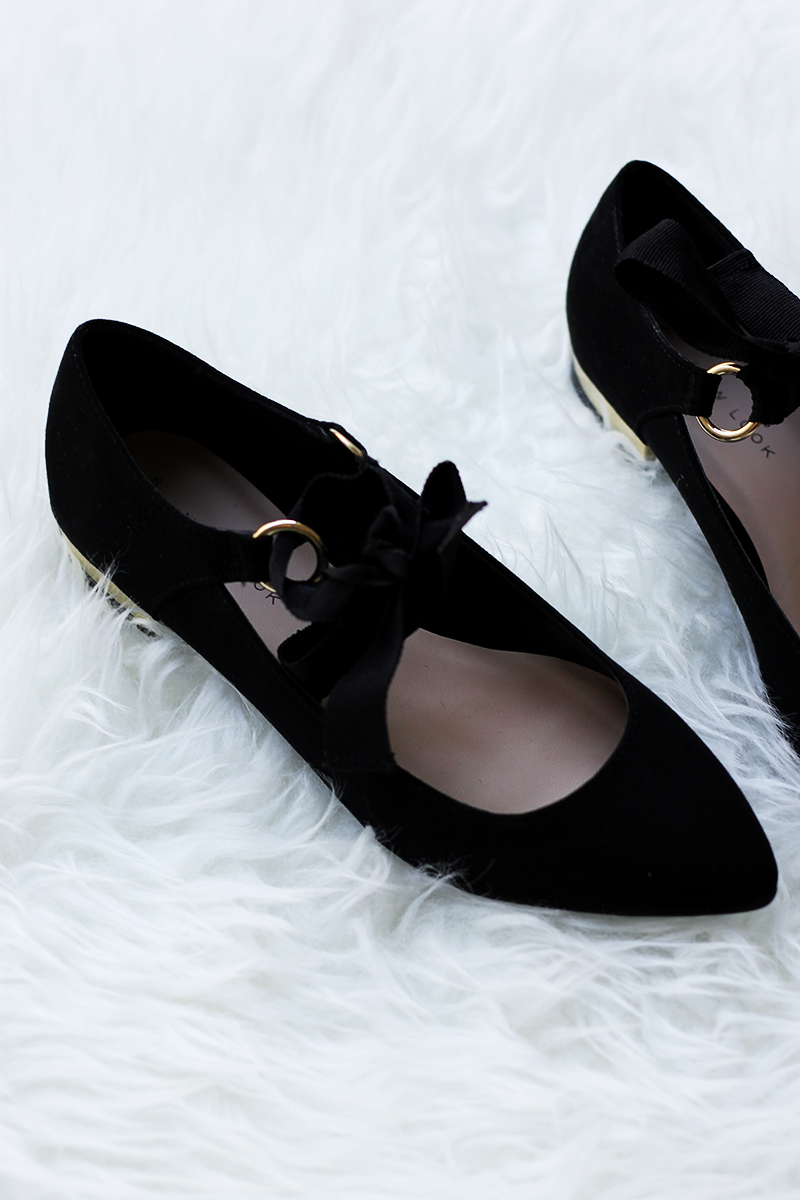 New In | Bow Tie Shoes