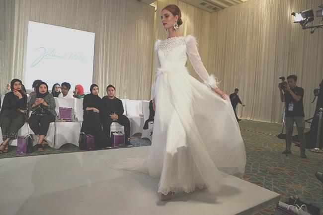 Baju Pengantin Design Meriah Oleh Designer Fatimah Mohsin 2