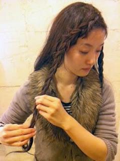 編み込みヘアアレンジ