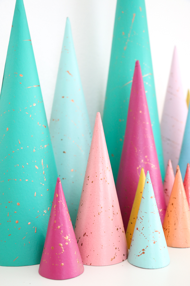 A kailo chic life diy it copper splatter painted modern - Modern christmas tree ideas ...