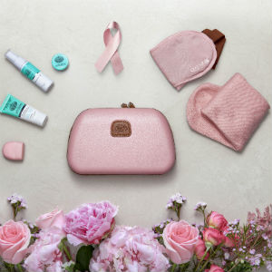 Source: Qatar Airways. Amenity kits go pink.
