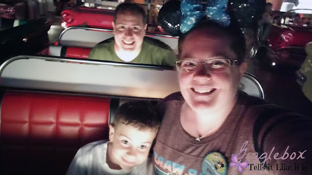 birthday celebration at Walt Disney World, birthday celebration at Disney World, birthday fun at Disney, Walt Disney World, Disney World, Disney vacation, tips on how to celebrate a birthday without spending too much additional money at Walt Disney World,