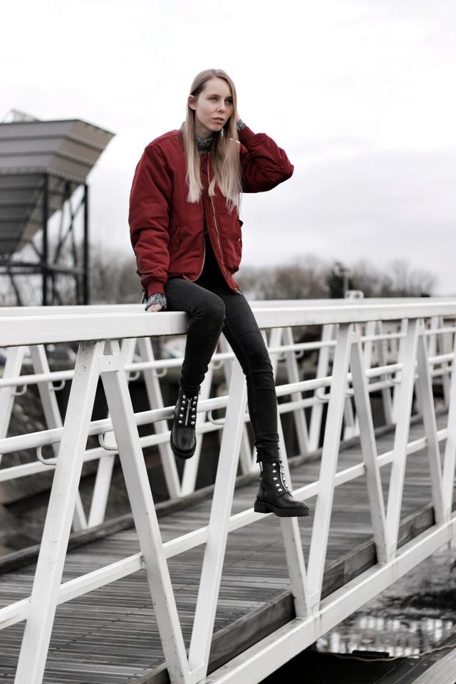 Invito zwarte biker boots met studs rits enkellaarsjes blogger inspirator outfit Make people stare
