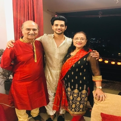 Shakti Arora Wiki Age Caste Wife Girlfriend Family Biography
