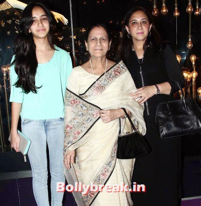 Launch of Fashion Brand Divani, Alia, Parineeti at Launch of Fashion Brand Diva`ni
