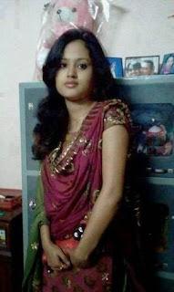 Bangla choti আমি ফোলা ফোলা গুদের ঠোঁট পাঁচ আঙ্গুলে টিপতে লাগি
